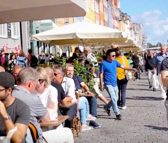 SUMMER DAY AT NYHAVN - Promo for Apollo Music and the artist Avoid Dave.